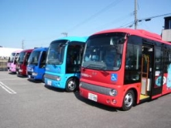 市民バス5台.jpg