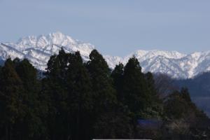 5・上中島・佐伯・春待つ立山連峰-1.jpg