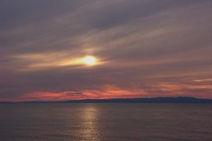 14・経田・東町・夕陽が美しく見える海岸-1.jpg