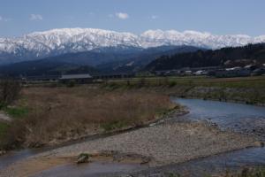 16・天神・木下新・ふるさと橋から春の立山連峰-1.jpg