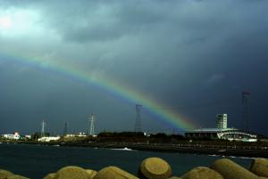 31・道下・本新・ありそドームに虹架かる-1.jpg