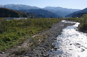 33・天神・東山・片貝川と晩秋の立山連峰.JPG